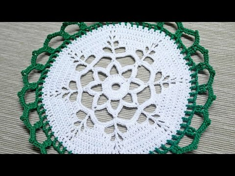 How To Make A Christmas Doily For Table Decoration - DIY Crafts Tutorial - Guidecentral