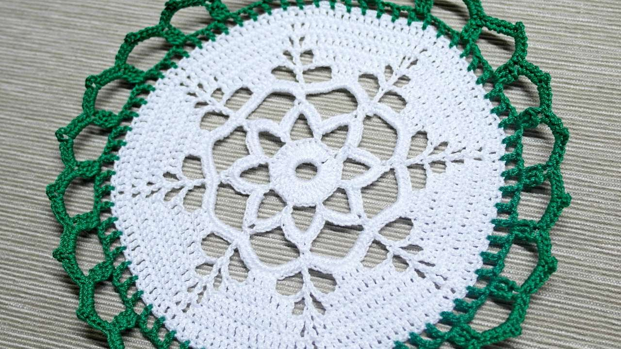How To Make A Christmas Doily For Table Decoration Diy Crafts Tutorial Guidecentral