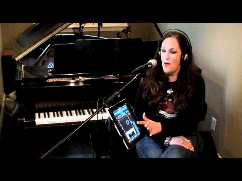 VocaLive and iRig Mic - Your favorite vocal effects on iPhone/iPad