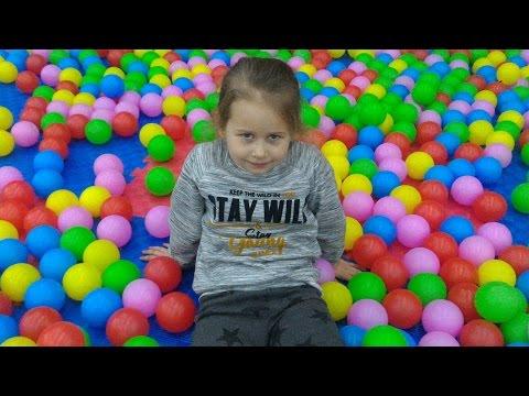 ★ СУПЕР! ДЕТСКАЯ ИГРОВАЯ КОМНАТА Видео Для Детей VLOG Kids Indoor Playground Fun Play