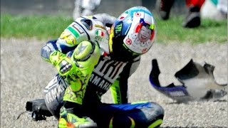 Video Aragon 2014 -  MotoGP - Valentino Rossi Crash download MP3, 3GP, MP4, WEBM, AVI, FLV Juli 2018