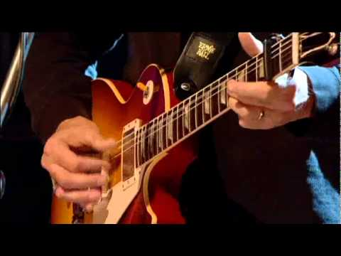 ERIC CLAPTON - TRAVELLING ALONE -  live  on  JOOLS HOLLAND - HQ video