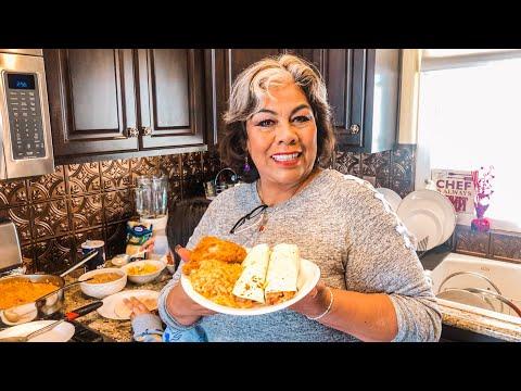 Desayuna con migo unos deliciosos burritos / chilaquiles