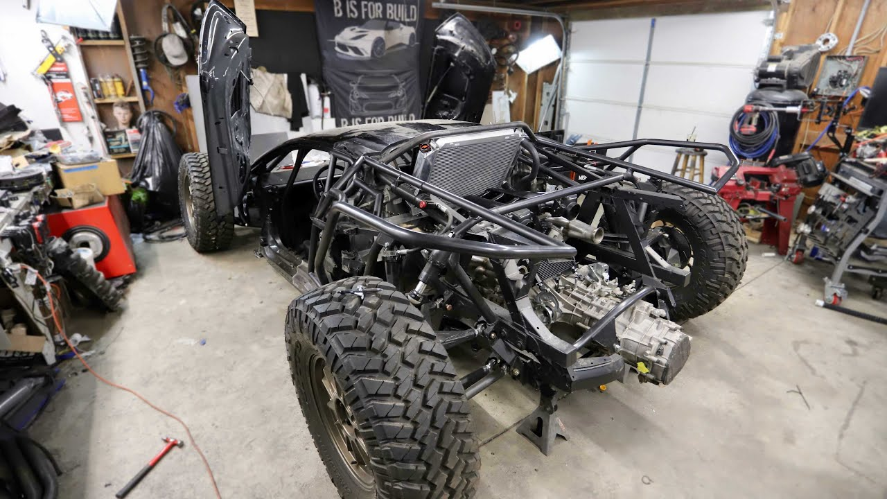 Installing A Rear Top Mounted Radiator on the Off-Road Lamborghini Huracan