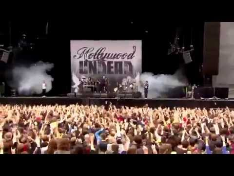 Hollywood Undead Hear Me Now Live Graspop 2015