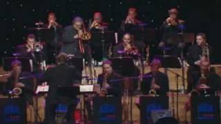 Nana Mouskouri  - Come rain or come shine  - Live  At Jazzopen Festival -.avi