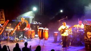 Xavier Rudd - Let Me Be (Live at Aula Magna - Portugal)