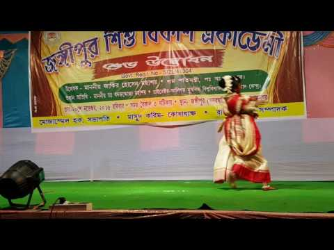 Tomra Kunjo Sajao Go (Performed By Sraddha Das)