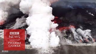 Раскаленная лава встречает океан на Гавайях
