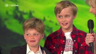 """Mini-Gabaliers singen und tanzen """"I sing a Liad für di"""""""