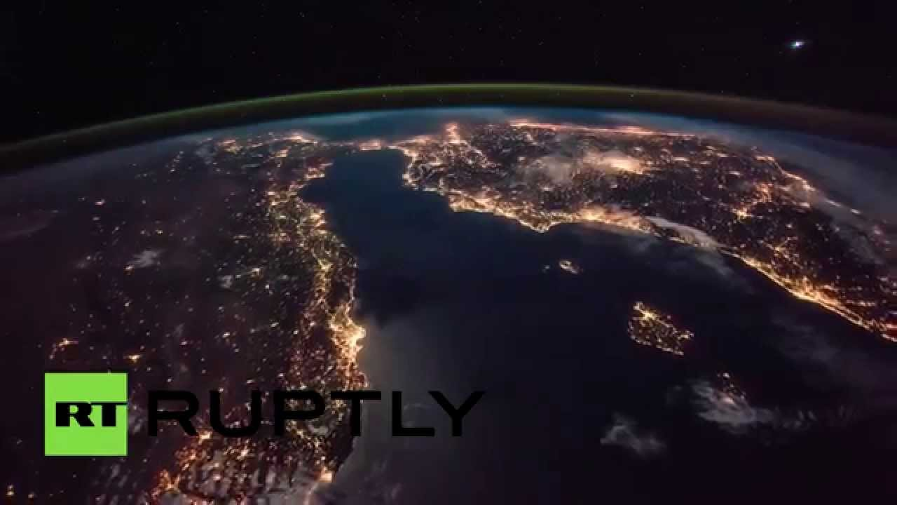 Stunning time lapse iss captures europe lighting up the for Europeanhome com