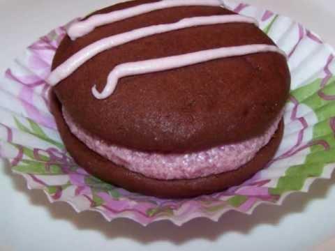 Chocolate Raspberry Whoopie Pies