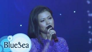 Tâm Sự Người Cài Hoa Trắng - Quỳnh Giang [Official MV]