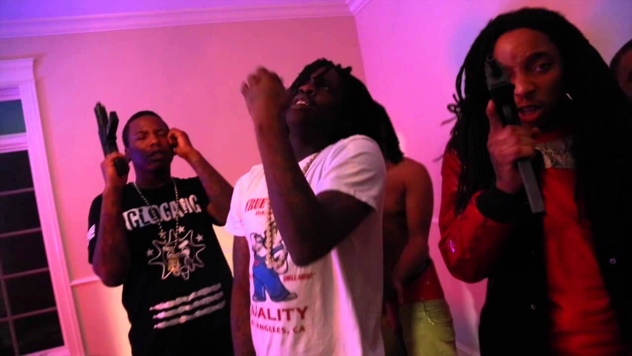 Chief Keef  Close That Door  Official Visual Prod. by @TwinCityCEO Dir. @whoisnorthstar - YouTube  sc 1 st  YouTube & Chief Keef