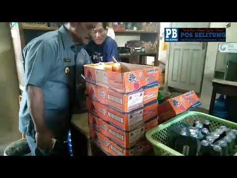 Bupati Belitung H Sahani Saleh, Senin (3/9/2018) melakukan penggerebekan terhadap penjualan arak