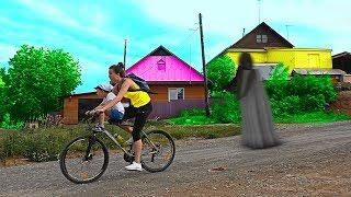 Преследуем бабулю в реальной жизни отправляемся на поиски Хелпика в дом бабули Рома Хелпик 27 серия