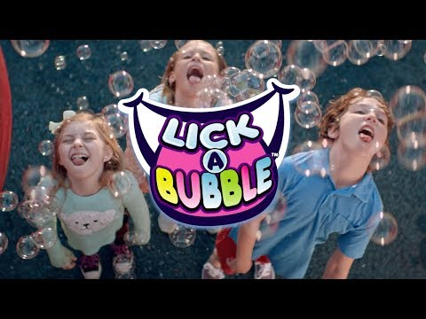 MAKE TASTY BUBBLES WITH LICK-A-BUBBLE! | A Toy Insider Play by Play