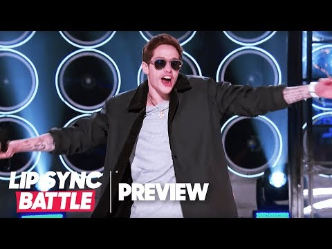 "An Embarrassed Pete Davidson Performs Justin Bieber's ""One Time"" 
