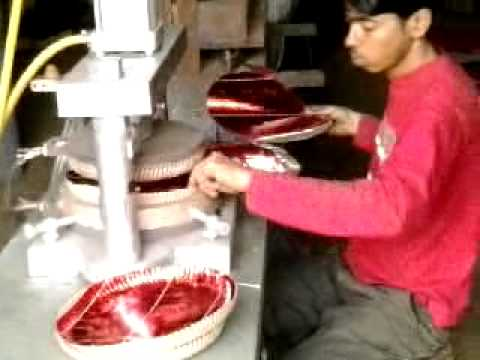 PAPER PLATE MAKING MACHINE  sc 1 st  YouTube & PAPER PLATE MAKING MACHINE - YouTube