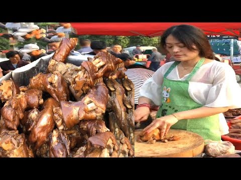 In the countryside, the beautiful women sell braised pork, and a few hundred pounds in the morning.