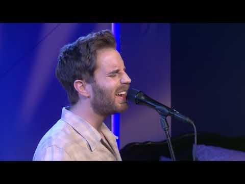 "Ben Platt - ""Ease My Mind"" (YouTube Space Performance)"