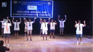 Comedy Dance Performance In College