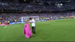 Ole! Raúl González ofertas adiós al Bernabéu con el torero espectáculo 22.08.2013