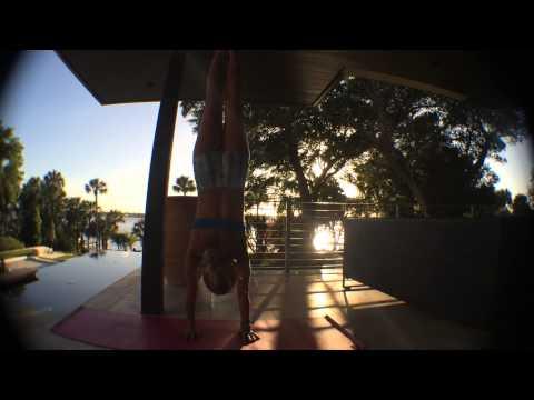 Yoga Handstand: Adho Mukha Vrksasana
