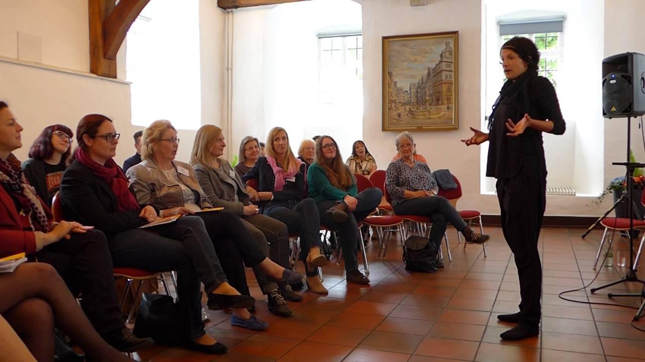 Check-Up: Gleichberechtigung: Poetry Slamerin Dominique