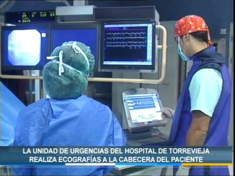 El Hospital de Torrevieja realiza ecografías a la cabecera del paciente