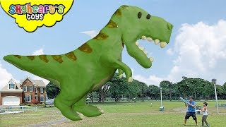 GIANT DINOSAURS Clay Invasion!!