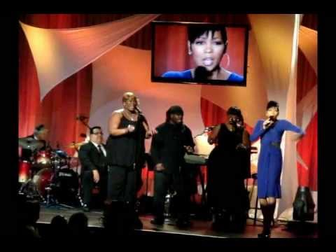 MONICA- Grammy Award Winning Singer Performs Live at Noble Awards show (MAYO PR)