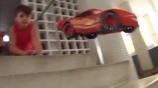 Relâmpago McQueen com Caminhão Mate, Mack filme Carros (Cars) e Super Homem Imaginext