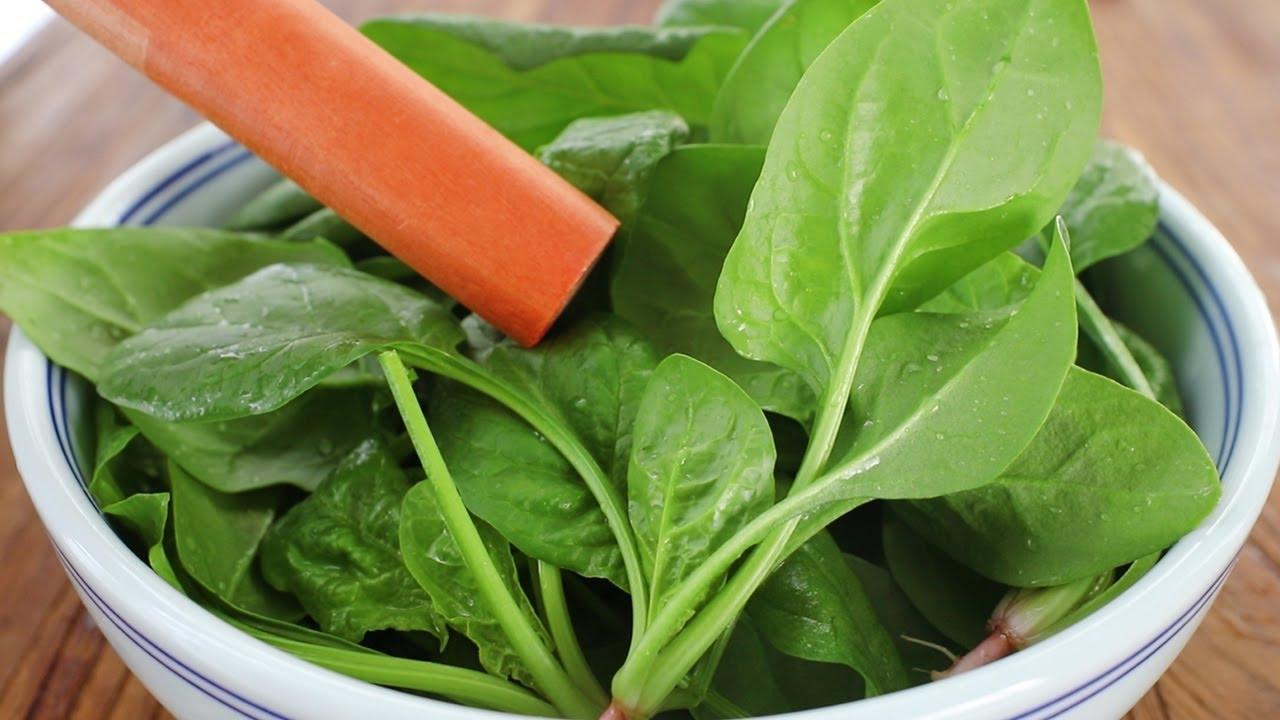 入冬后要多喝菠菜,教你懒人做法,用料简单味道足,喝一次就爱上【阿胖面食】