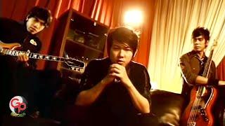 Download Five Minutes - Aku Tergoda (Official Music Video)