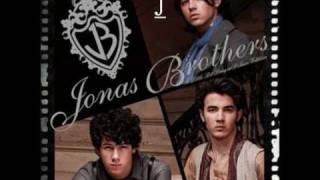 JONAS BROTHERS -  INFATUATION - LYRICS ON SCREEN