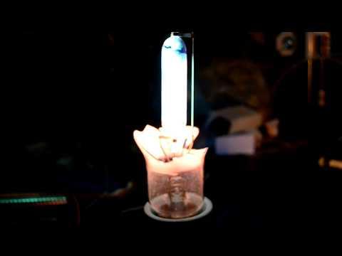 Бактерицидная лампа своими руками за 5ть минут!