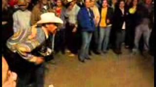 Break Dance con Banda duelo de borrachos