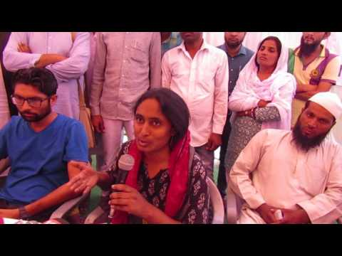 Kavita Krishnan speaking to media for Justice to Pehlu Khan at Jaipur Protest, Rajasthan Vidhansabha
