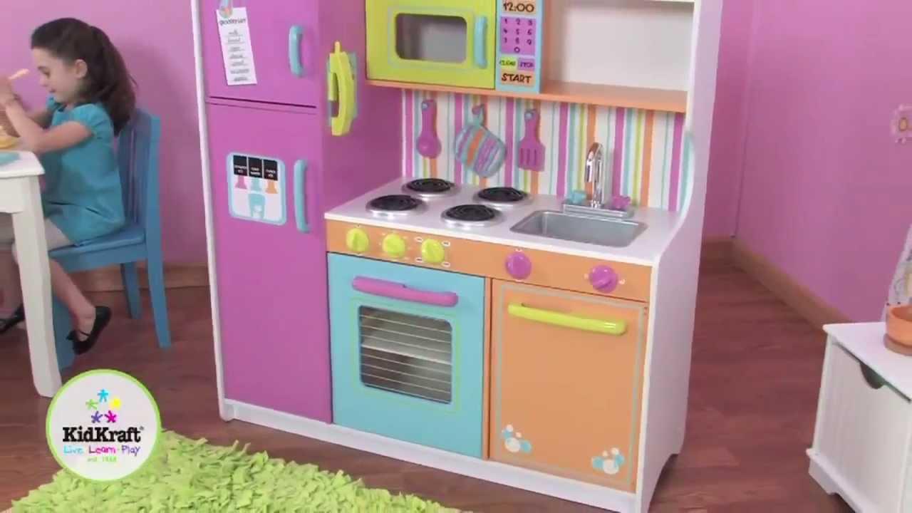 Kidkraft grote vrolijke luxe kinderkeuken 53100   youtube