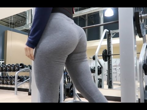 MY BOOTY IS GROWING | SMITH MACHINE GLUTE WORKOUT | VLOGMAS DAY 5
