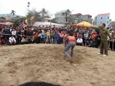 Hoi vat o Bac Ninh - mung 7 tet - Quy Ti 2013