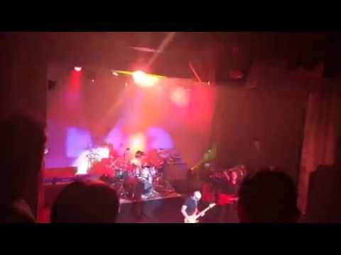 Crowd Chant Joe Satriani