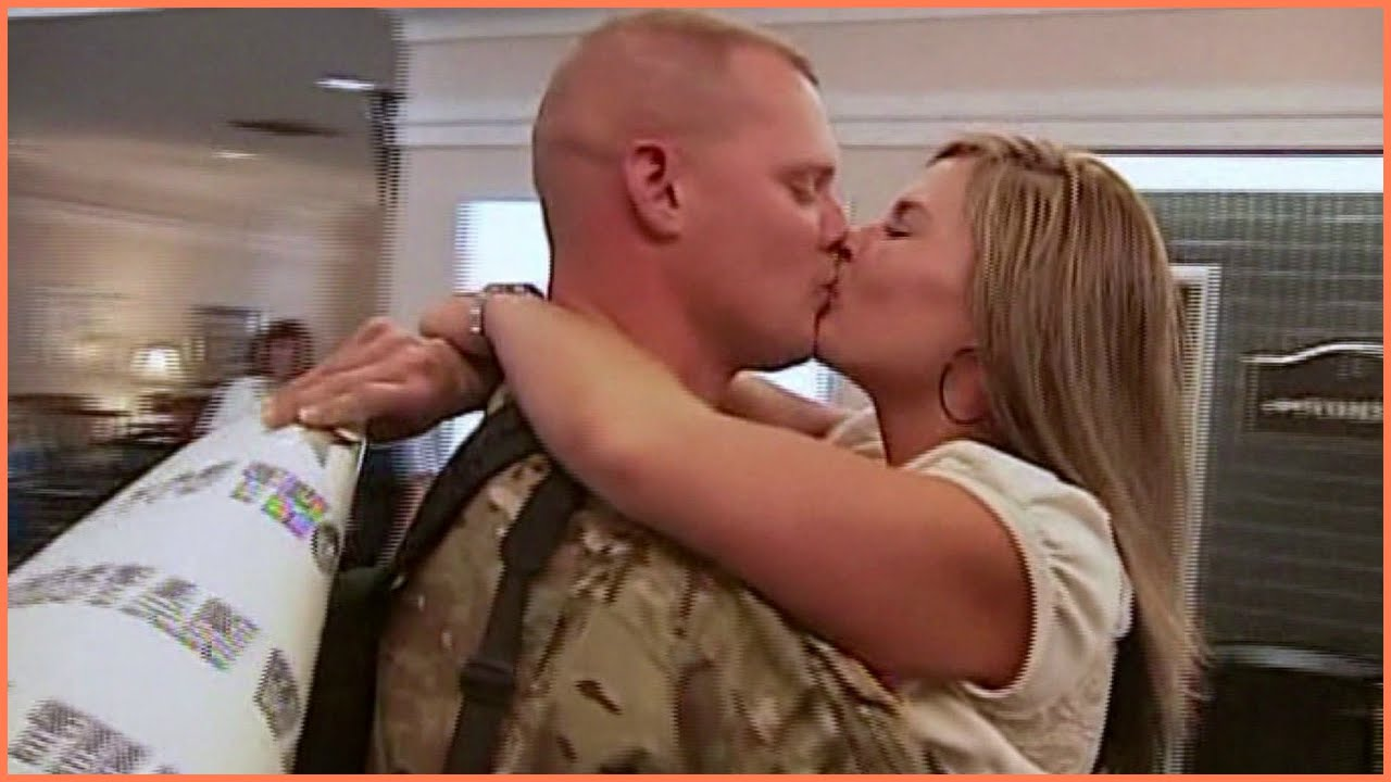 Funny videos : Soldiers coming home