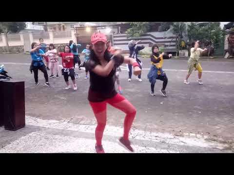 GANTENGNYA PACARKU - Nini Carlina   Choreo By EVIN   Maaf Tiba2 Gerimis...sy Jd Galfok..Tq Yyaa