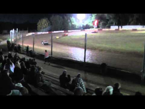 4 cylinder main event on 9/27/2014 at River city speedway