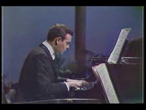 Robert Casadesus plays Bach (vaimusic.com)