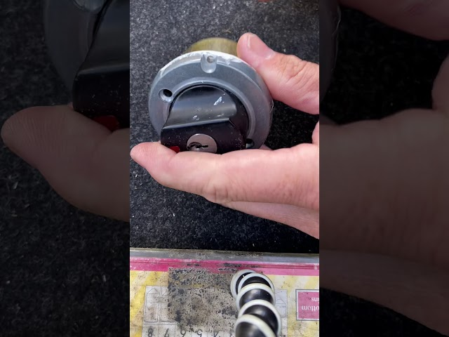 Lockwood 005 dissemble & reassemble Human Key Locksmiths Melbourne