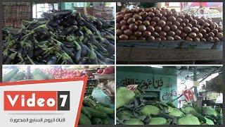 شاهد أسعار الخضروات ..بائع :