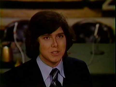 Horribly Slow Murderer Star Paul Clemens in QUINCY M.E. Episode